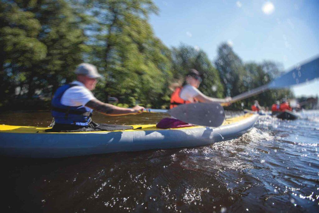 Tandem kayakers