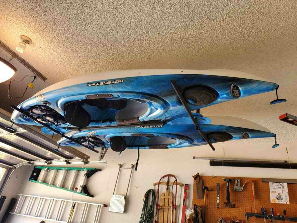 How to store a kayak using a ceiling rack